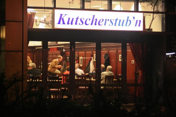 """Treffen der """"Deutschland-Bewegung"""" in der """"Kutscherstub'n"""" am 12. November 2010 in Berlin-Mitte"""