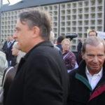 """Uwe Meenen (links im Bild) und Hans-Ulrich Pieper (rechts im Bild) am 3. Oktober 2010 auf einer Kundgebung der """"Bürgerbewegung Pro Deutschland"""" (c) Matthias Zickrow"""