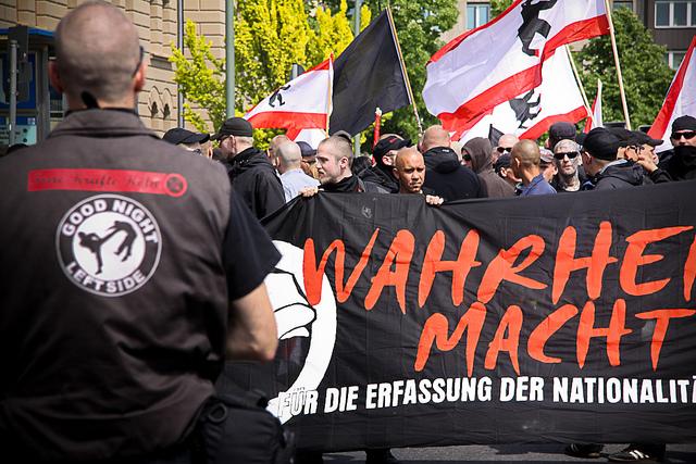 Neonazis am 14. Mai 2011 in Kreuzberg - (c) Mikael Zellmann