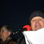"""Patrik Brinkmann auf einer Kundgebung der """"Bürgerbewegung Pro Deutschland"""" im Februar 2011"""