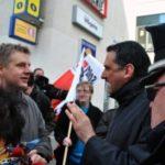 Berliner Landesvorsitzender von Pro Deutschland bei Infostand festgenommen