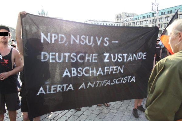Gegenproteste gegen die NPD-Kungebung am 1. August. © apabiz