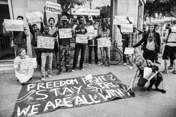 Solidarität mit Besetzer_innen in der Ohlauerstraße in Berlin am 02. Juli 2014 (c) Christoph Löffler | chloephoto.de
