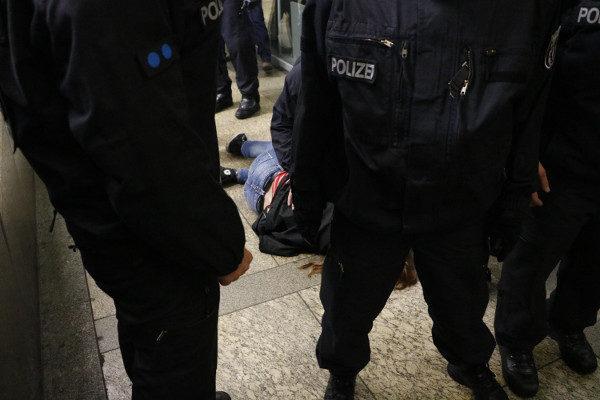 Folgen eines gewaltsamen Polizeieinsatzes. (c) apabiz