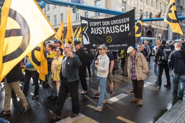 """Die """"Identitäre Bewegung Harz"""" unter Beteiligung ehemaliger JN-Aktivisten (c) Christian Ditsch"""